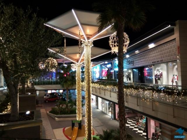 Fan Einkaufszentrum Weihnachtsbeleuchtung
