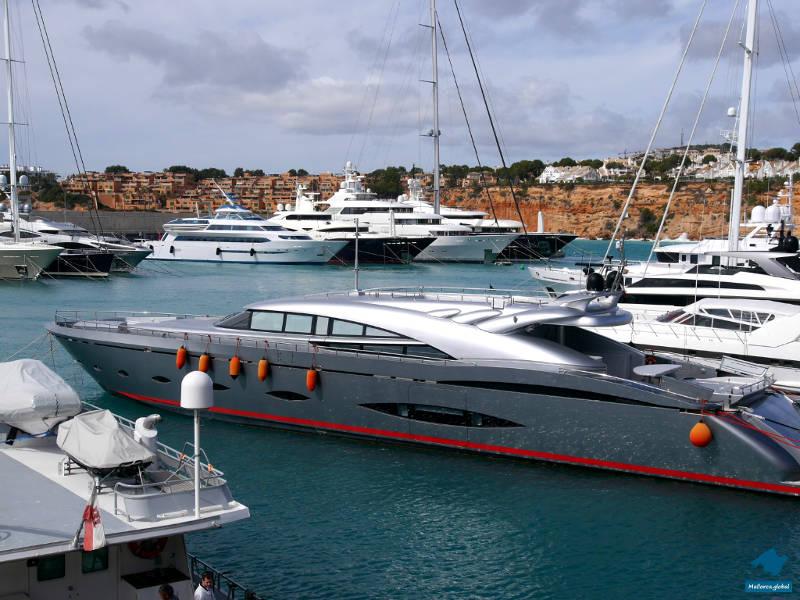 Yachthafen Port Adriano